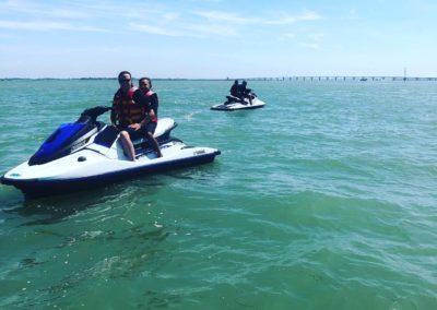 sur l eau en jet ski
